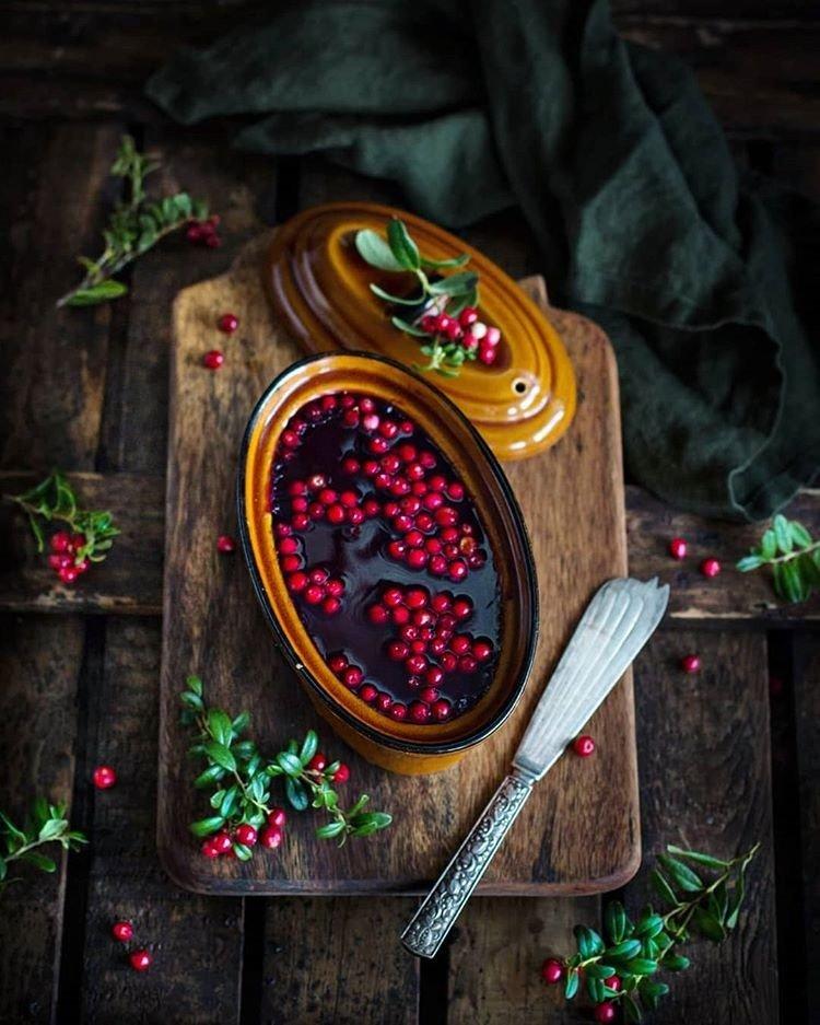 Готовим паштет из печени и белых грибов с ягодным желе