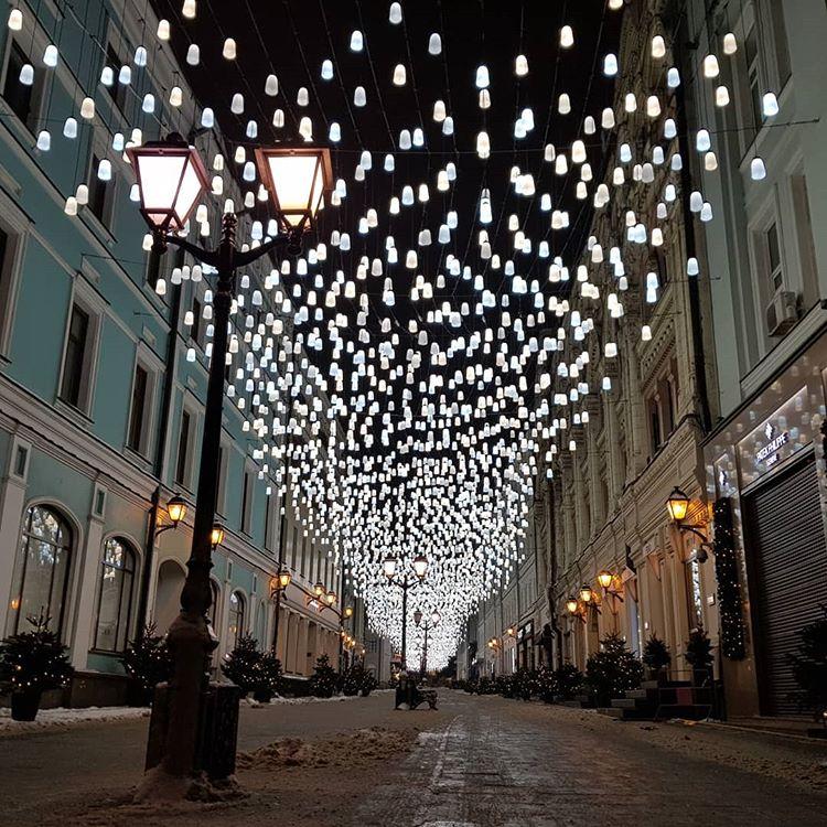 Москва нарядная: как столица встречала Новый год