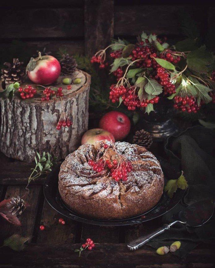 Время пирогов: топ-6 лучших рецептов выпечки с яблоками