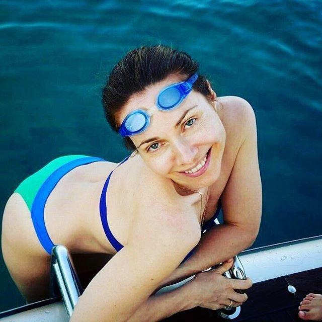 Екатерина Гусева опубликовала фото без макияжа: Поклонники актрисы оставили ей массу лестных комментариев, восхищаясь ее красотой и неувядающей молодостью. Екатерину назвали очень красивой, молодой, сексуальной и