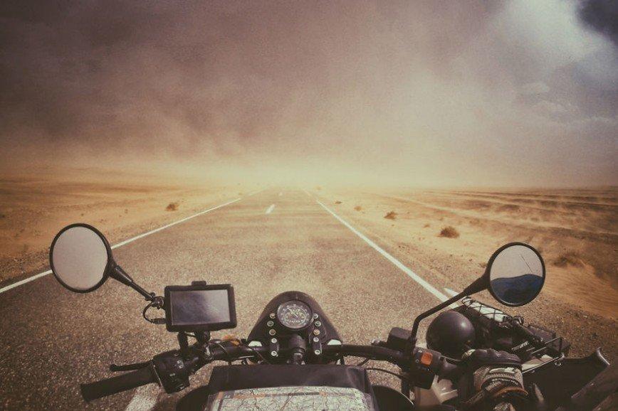 Путешествие по Европе на мотоцикле: [b][i]Снежная буря, пустыня Сахара[/b][/i]