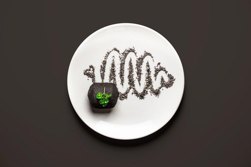 Еда для двоих: что едят беременные женщины: [b]Уголь[/b]  [b]Ингредиенты:[/b]  уголь  [b]Как готовить:[/b]  Выложить кусок угля на тарелку.    [b]Оценка:[/b] 5 из