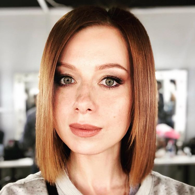 Чих и слезы: как Юлия Савичева справляется с сезонной аллергией