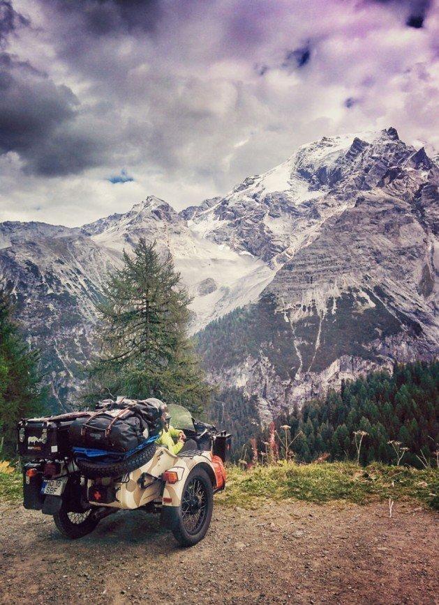 Путешествие по Европе на мотоцикле: [b][i]Перевал Стельвио (итал. Passo dello Stelvio), Италия[/b][/i]