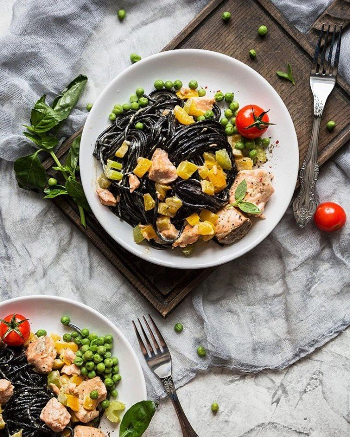 Быстро и умопомрачительно: топ-5 рецептов пасты с рыбой и морепродуктами