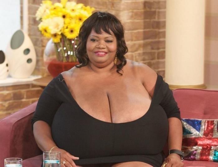 Фото гиганская грудь