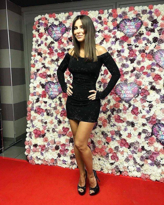 «Туфли пора оставить в шкафу»: образ Ани Лорак не понравился фанатам