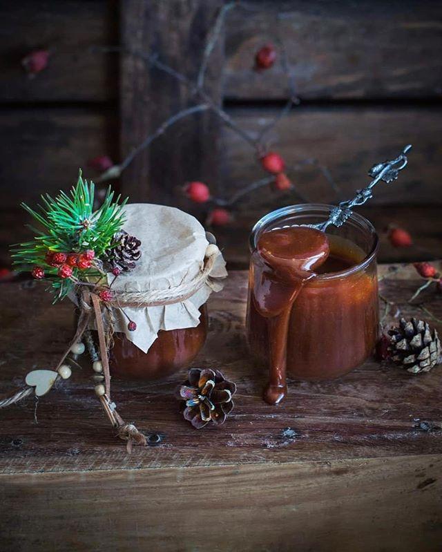 Тыквенный кекс с грецкими орехами и шоколадной карамелью