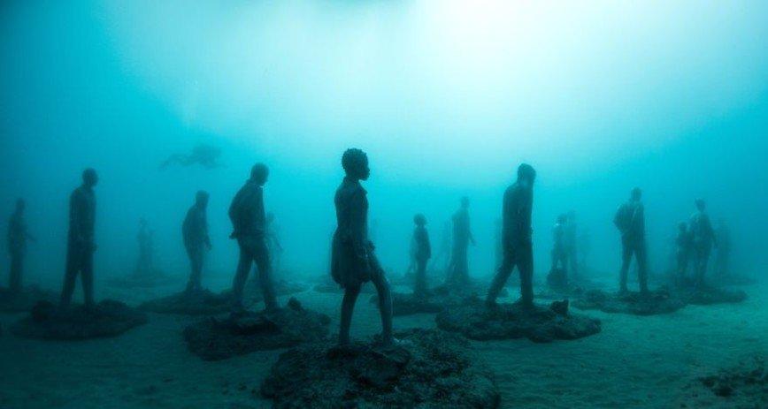 Захватывающий музей современного искусства под водой