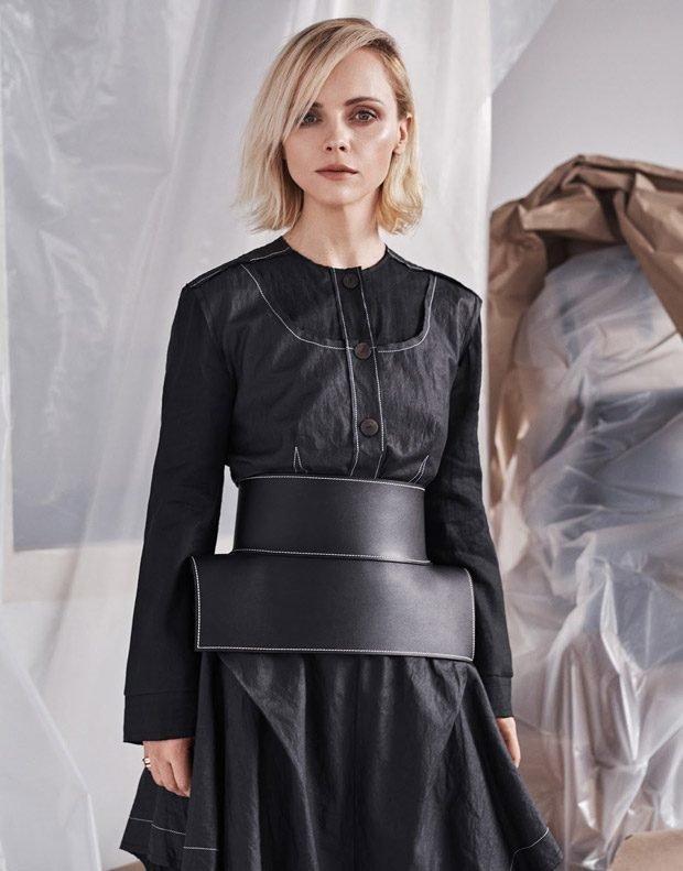 Асимметричные наряды Кристины Риччи