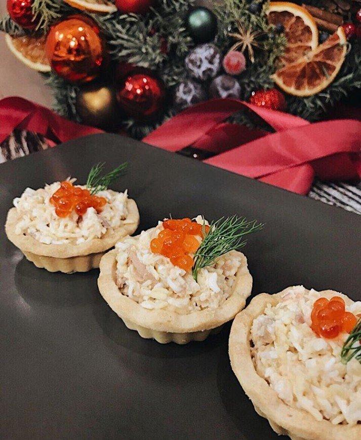 блюдо тайской закуски и салаты к новому году фото фельдшерско-акушерским пунктом медицинская