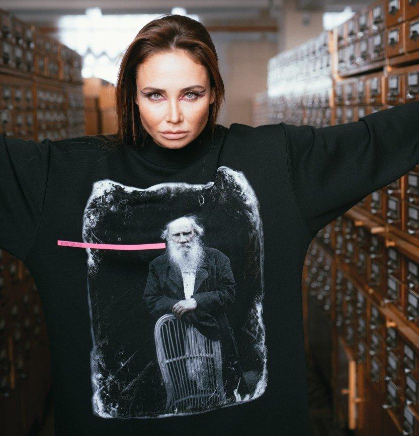 «Великие и любимые»: новая коллекция одежды Volя Wear от Павла Воли