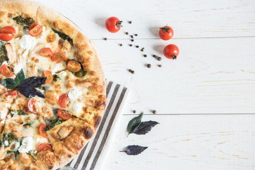 Татьяна Котова поделилась рецептом пиццы для всей семьи