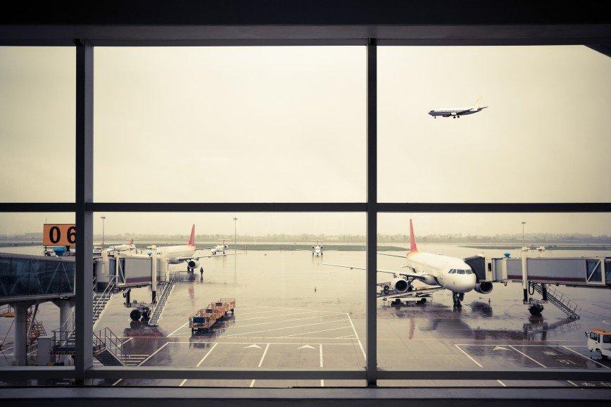 Ценная кладь: почему мы спасаем чемоданы, а не собственные жизни