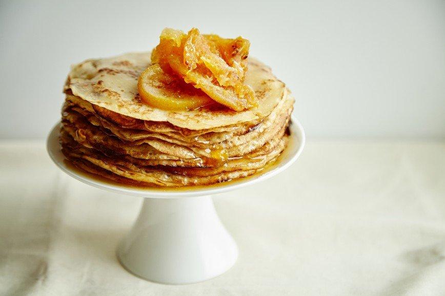 Открываем масленичную неделю: готовим сладкий блинный торт