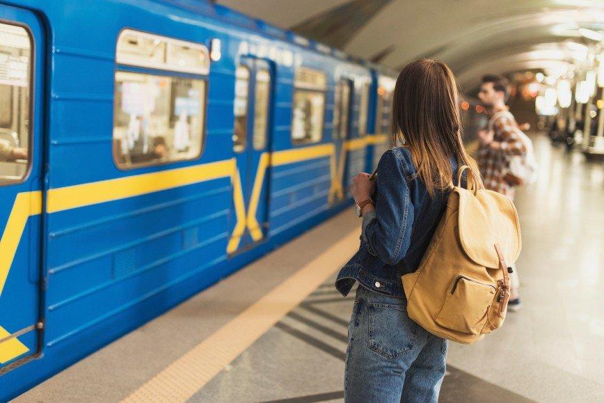 """По карте """"Тройка"""" в столичном метро можно будет ходить в туалет"""
