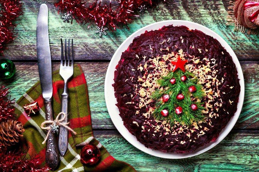 Тем, кто не наелся: топ-5 салатов для праздников