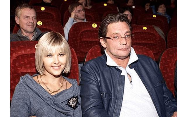 Александр домогаров женится на бывшей жене thumbnail