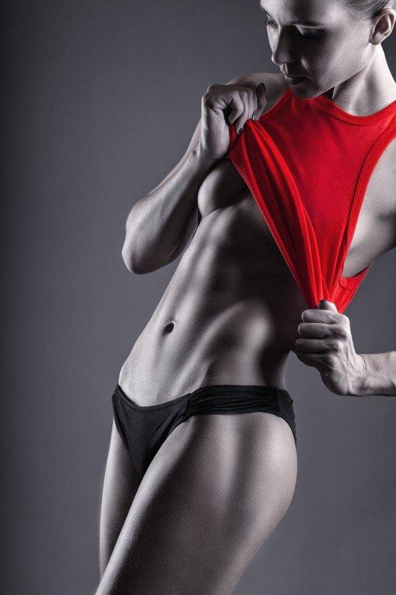 Голый фитнес: новый тренд или очередное безумие?