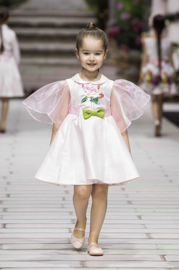Дочь Елены Борщевой представила модели марки STILNYASHKA