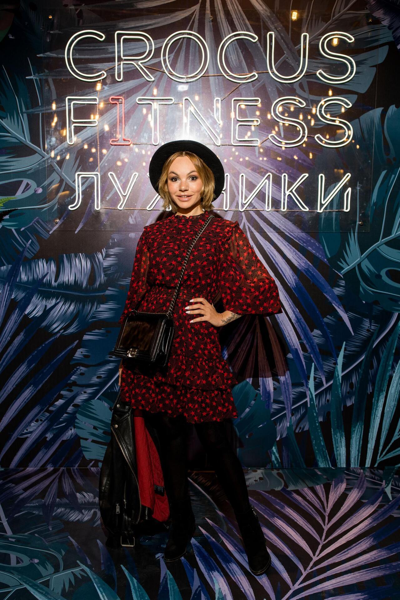Григорий Лепс, цветущая Агата Муцениеце и другие звезды посетили открытие нового клуба Эмина Агаларова