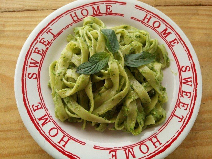 Для тех, кто не любит шпинат: паста с соусом песто от Марии Кравцовой