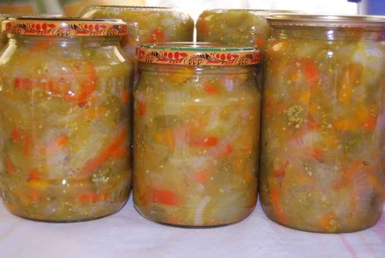 Салат из зеленых помидоров: