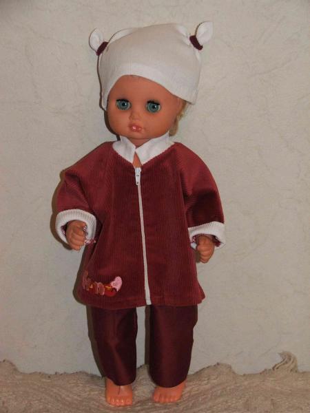 Лялька в вельвете. Бордо.