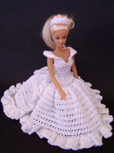 Пышные платья для куклы крючком